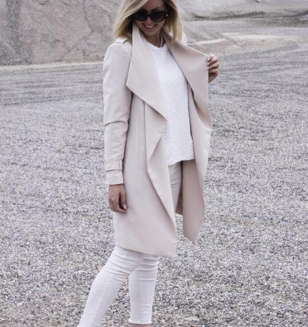 Spring Essential: Drapierter Mantel