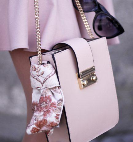 Auf dem Trend-Radar: Rosé Nuancen, Micro Bags & Co.