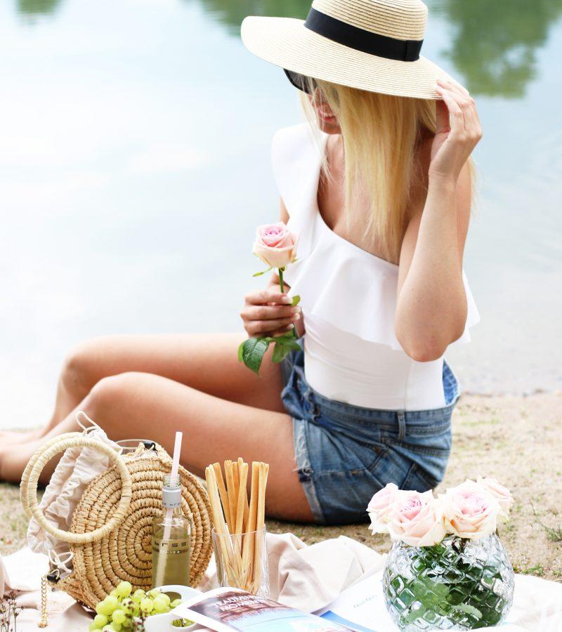 Sommer, Sonne & gute Laune mit den richtigen Sommer-Essentials & BREE Wein  [ Anzeige ]